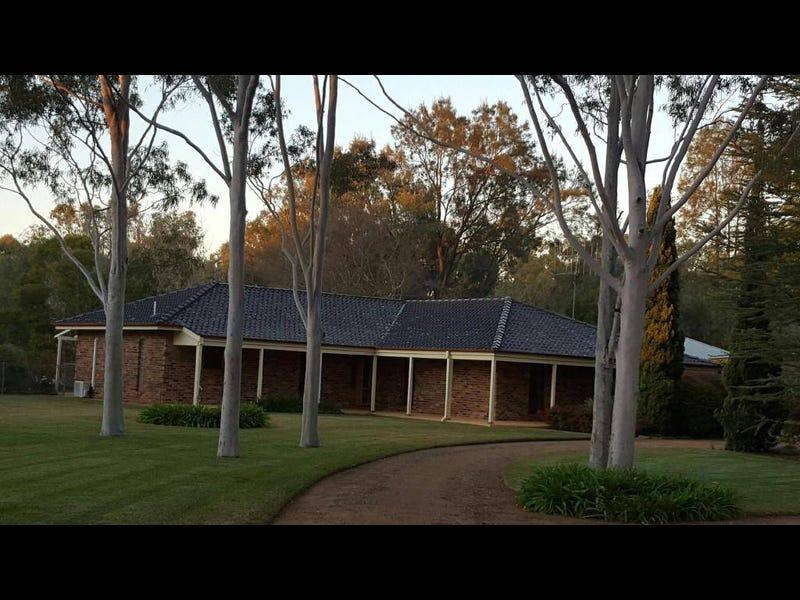 20 WARREN ROAD, Narromine, NSW 2821