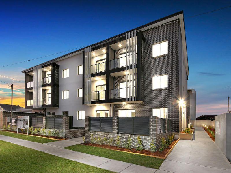 2/5-9 White Avenue, Bankstown, NSW 2200