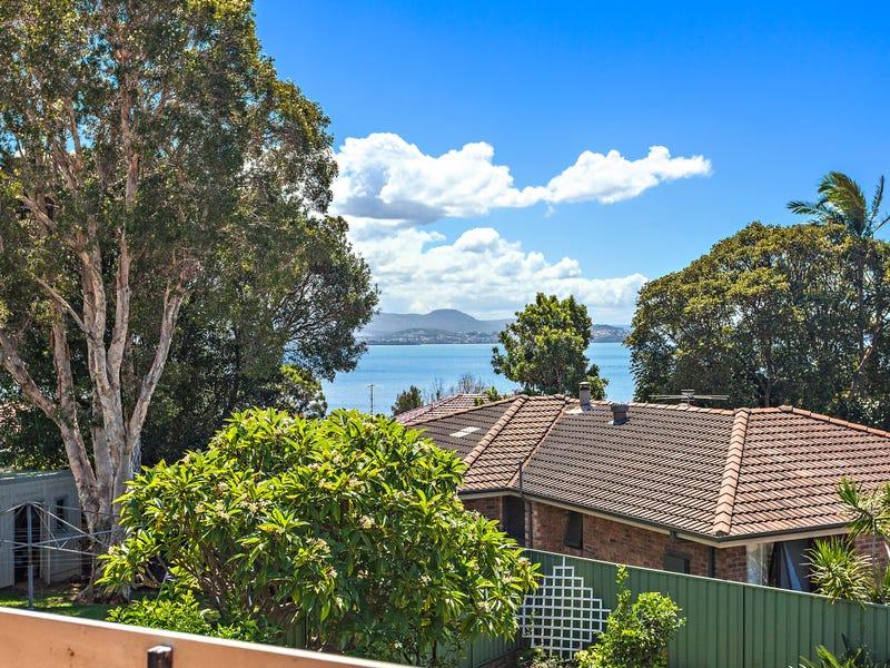 126 Landy Drive, Mount Warrigal, NSW 2528