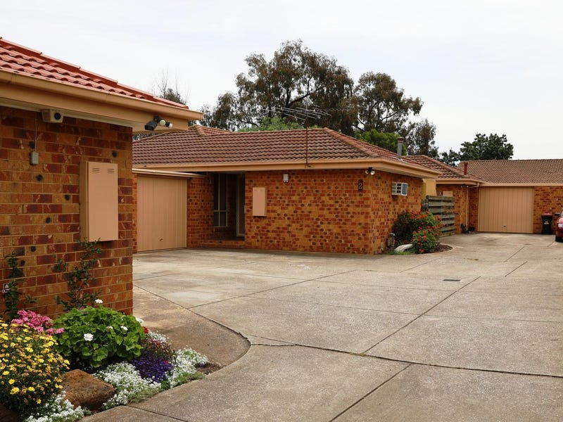 2/51-53 Station Road, Melton South, Vic 3338