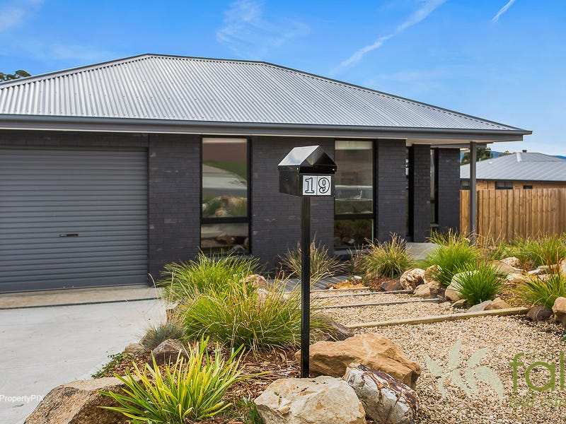 19 Blossom Crescent, Cambridge, Tas 7170