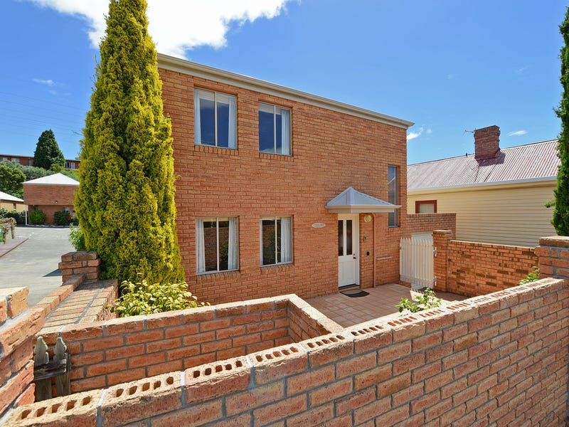 1/12 Risdon Road, New Town, Tas 7008