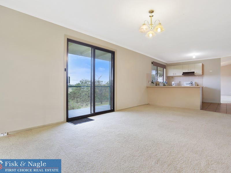 111 McGregors Road, Greendale, NSW 2550
