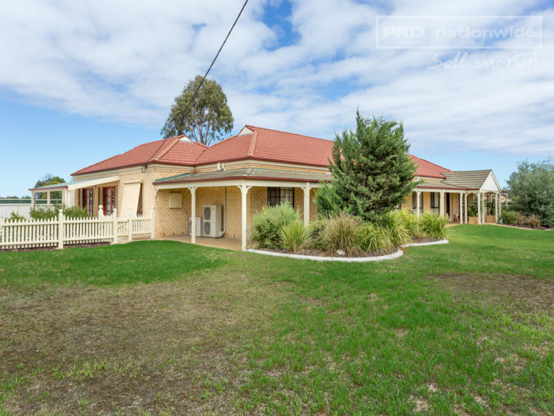 420 Hampden Avenue, Cartwrights Hill, NSW 2650