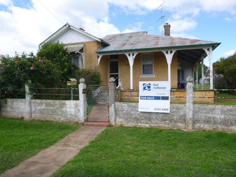18 Belmore Street, Canowindra, NSW 2804