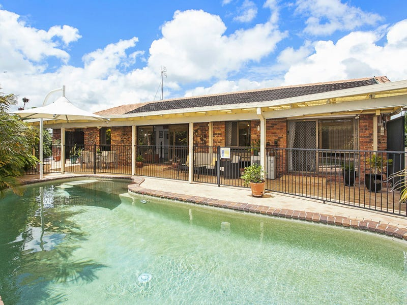 3 Swan Place, Burleigh Waters, Qld 4220