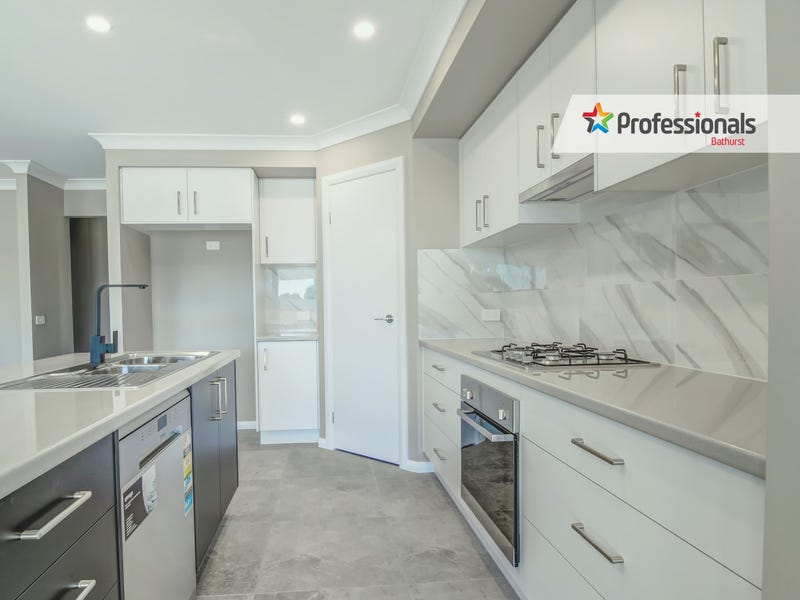 15 Darling Street, Eglinton, NSW 2795