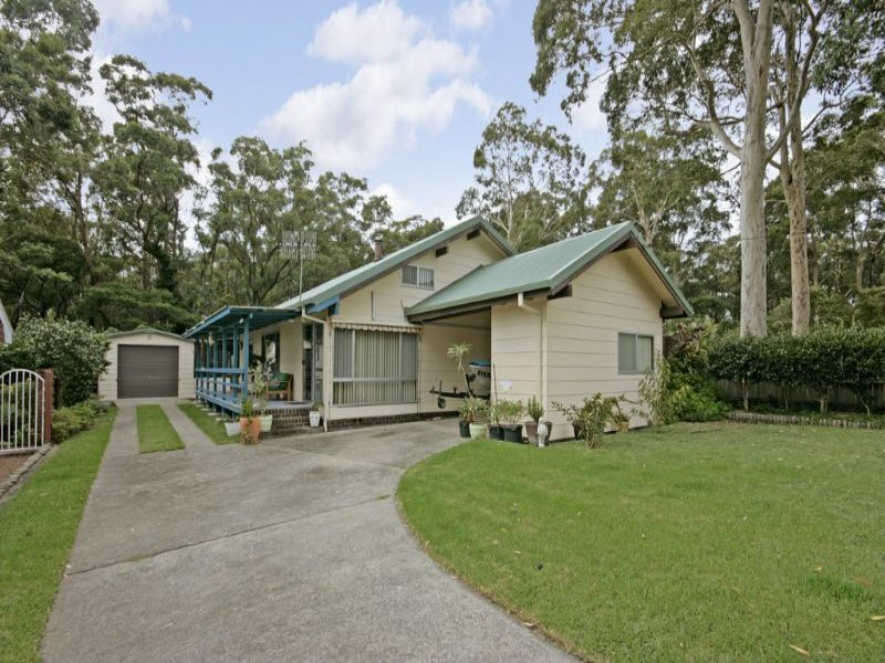 5 Wyoming Avenue, Burrill Lake, NSW 2539