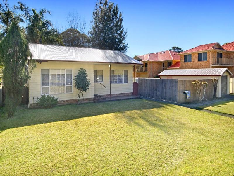 66a Dwyer Street, North Gosford, NSW 2250