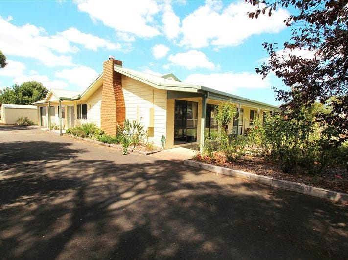 2 Tooram Road, Allansford, Vic 3277