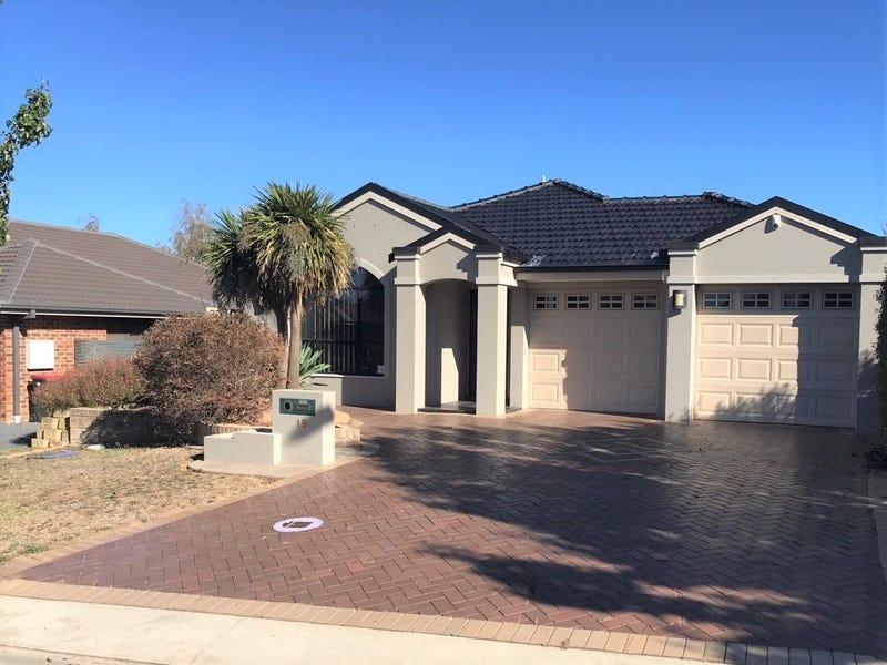 15 Botanic Way, Orange, NSW 2800