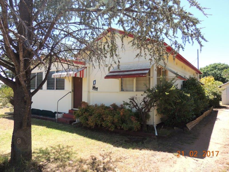 5 Nelson St, Coonabarabran, NSW 2357