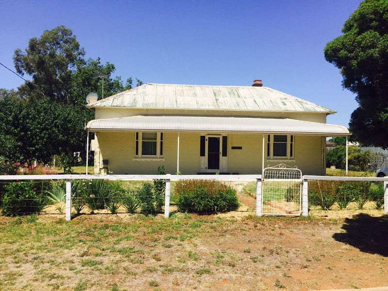 57 Milthorpe Street, Oaklands, NSW 2646