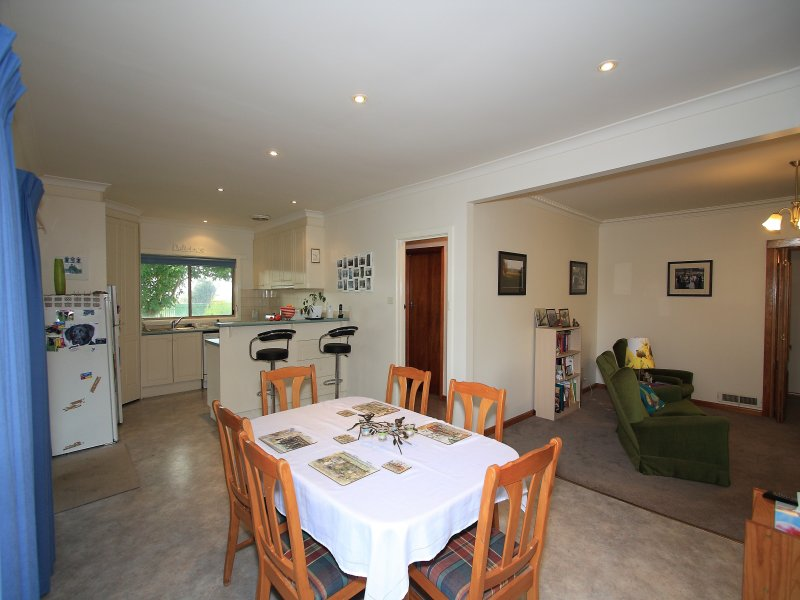 483 Darnum - Allambee Road Cloverlea, Warragul, Vic 3820