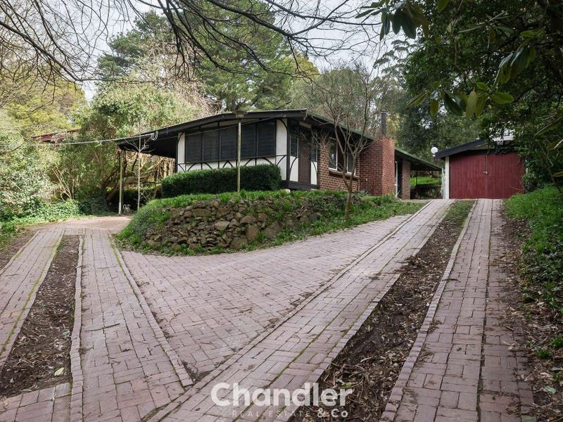 11 Claverton Avenue, Mount Dandenong, Vic 3767