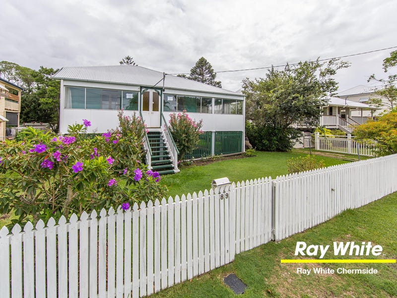 89 Palm Avenue, Shorncliffe, Qld 4017