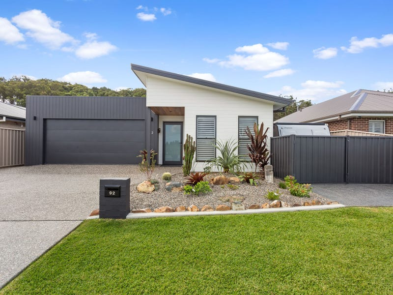 92 KENTIA DRIVE, Forster, NSW 2428