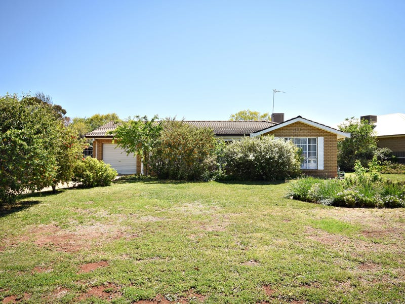 11 Kensington Avenue, Dubbo, NSW 2830