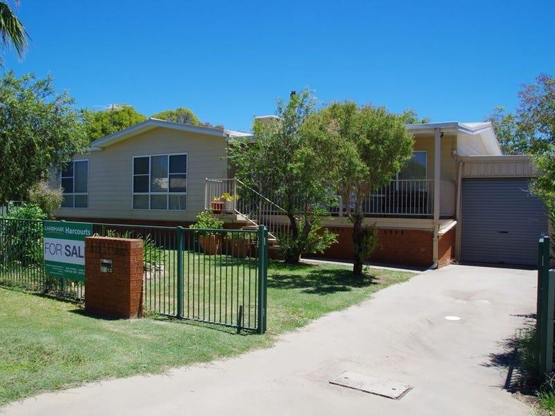 13 Regent Street, Narrabri, NSW 2390