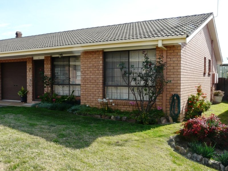 2/185 Lambert Street, Bathurst, NSW 2795