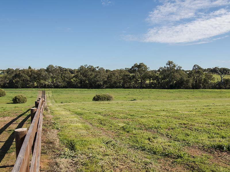 98 Septimus View, Middle Swan, WA 6056