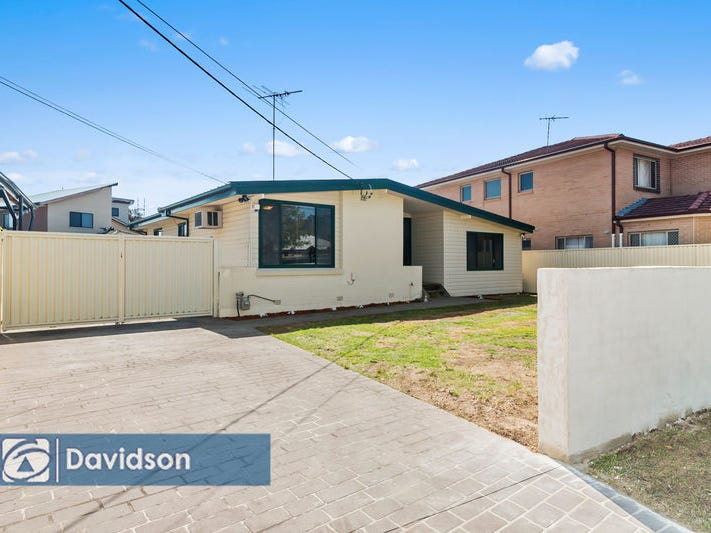 33 Markham Street, Holsworthy, NSW 2173