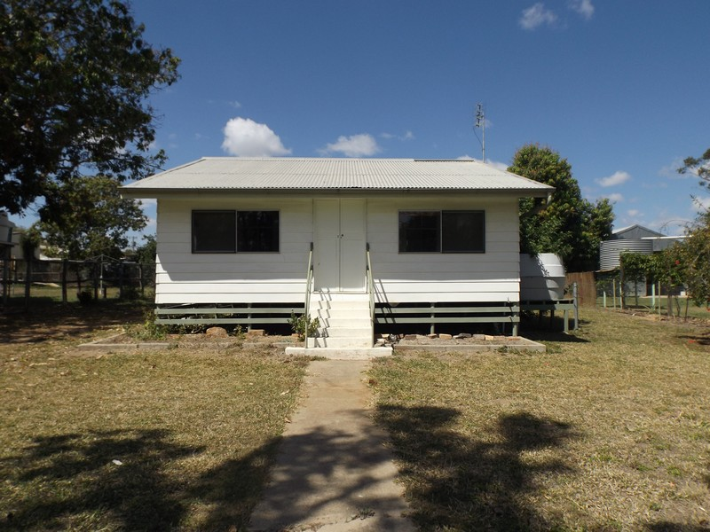 25 Seventh Avenue, Scottville, Qld 4804