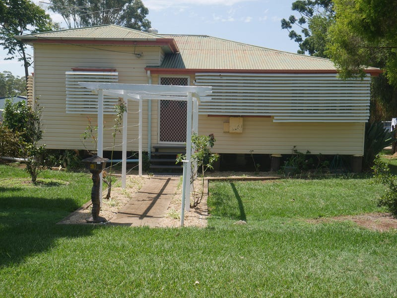 18 Duke Street, Kingaroy, Qld 4610