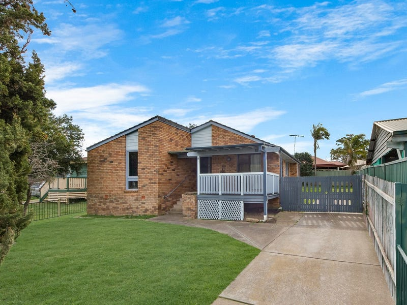 11 Rowley Place, Airds, NSW 2560