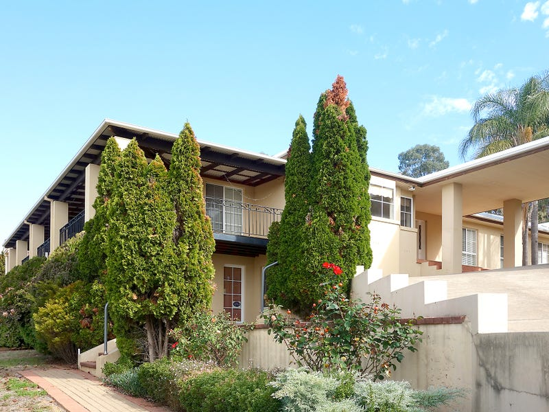 3 Gordon Close, Kooringal, NSW 2650