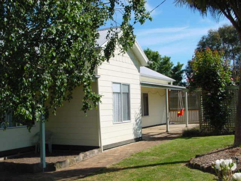 6435 Port Fairy Road, Byaduk North, Vic 3300