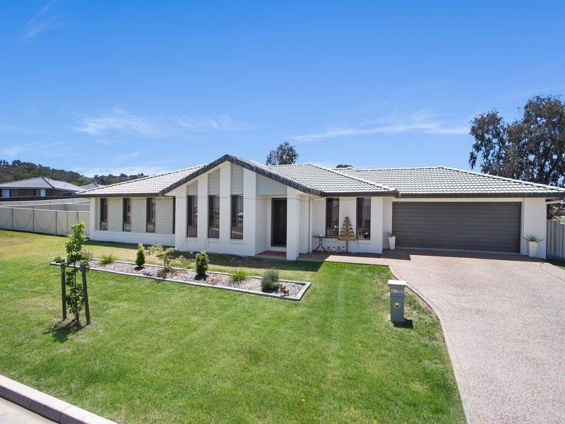 66 Tulipwood Crescent, Tamworth, NSW 2340