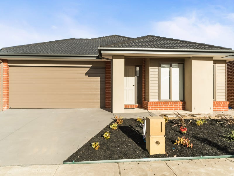 10 Strickland Street, Cranbourne West, Vic 3977