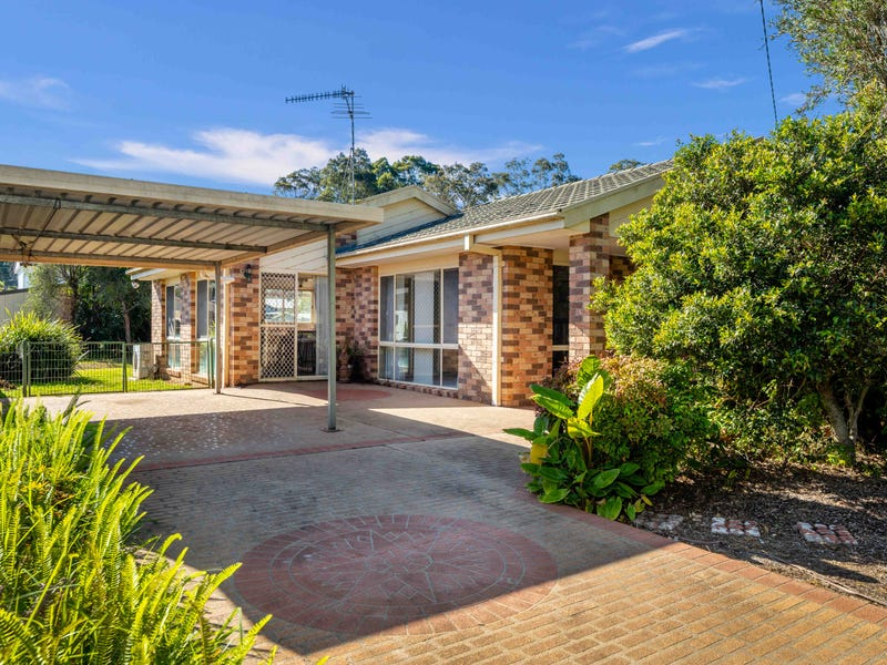 13 Christopher Crescent, Batehaven, NSW 2536