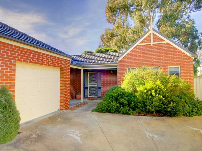 Unit 3,203 Warrenheip Street, Buninyong, Vic 3357