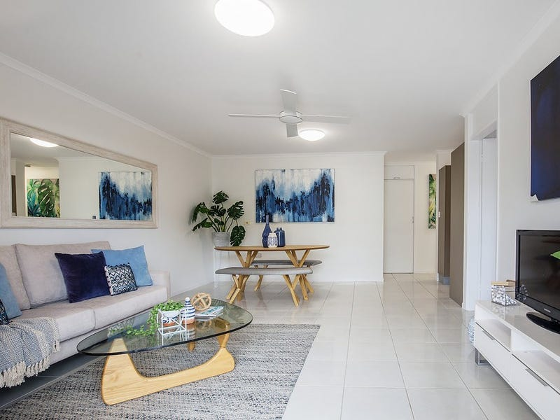 2/738 Pacific Parade, Currumbin, Qld 4223