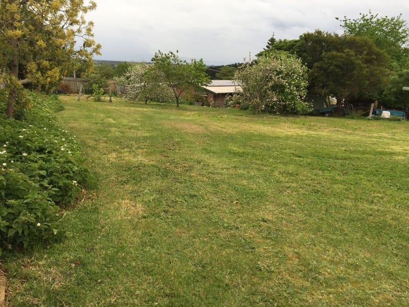 18 Tooronga Road, Willow Grove, Vic 3825