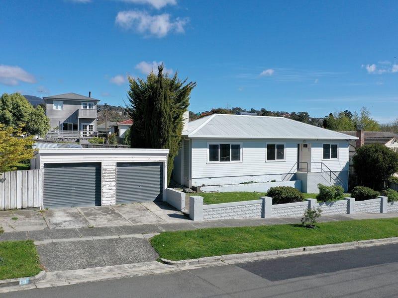 7 Girvan Avenue, New Town, Tas 7008