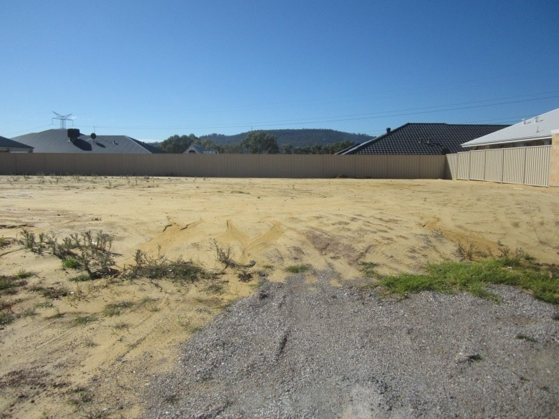 21 Sedge way, Helena Valley, WA 6056