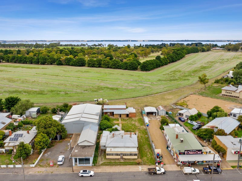 2115 Glenelg Highway, Lake Bolac, Vic 3351