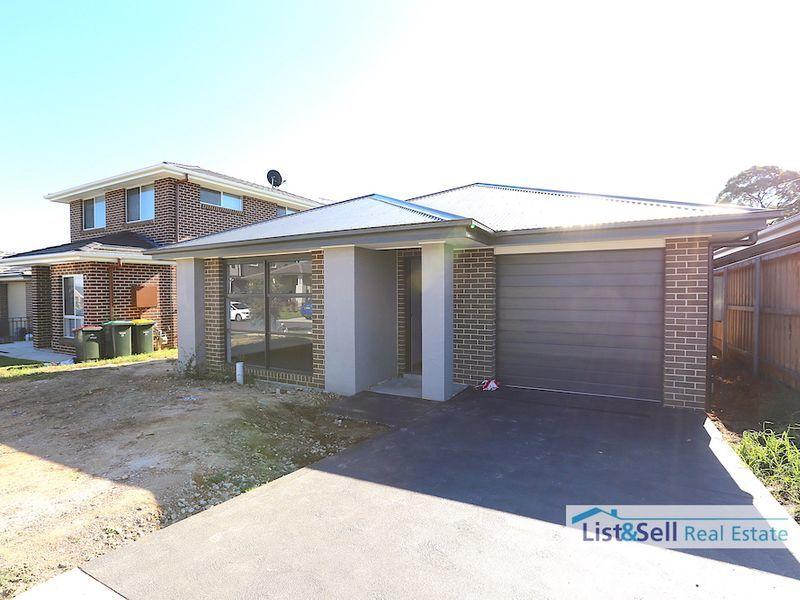 33 Kingsbury Street, Airds, NSW 2560