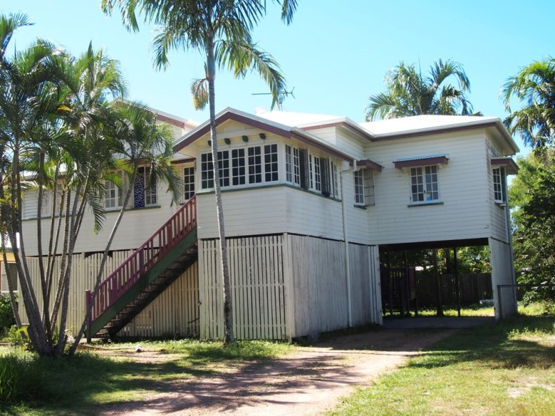 72 Holland Street, Wongaling Beach, Qld 4852