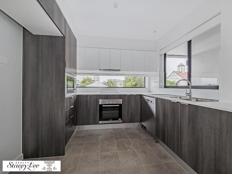 24-26 Bromley Street, Kangaroo Point