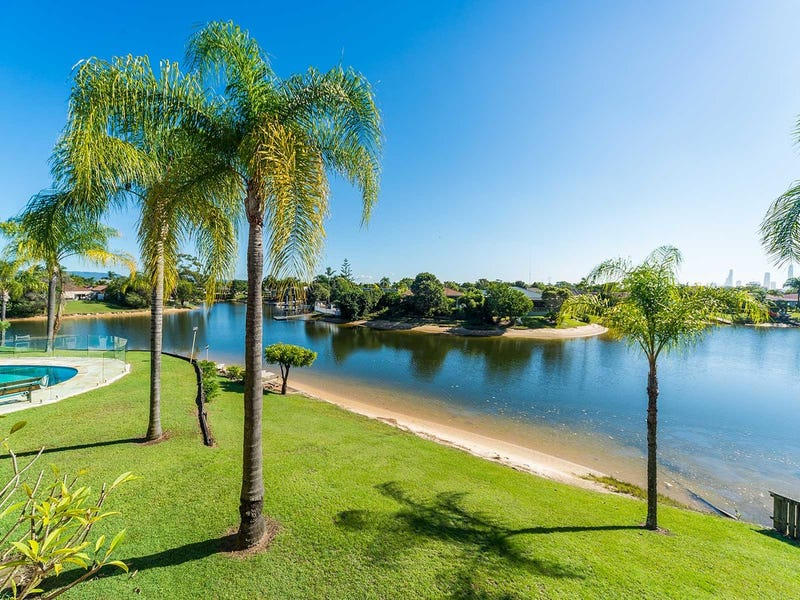 16/14 Dunlop Court, Mermaid Waters, Qld 4218