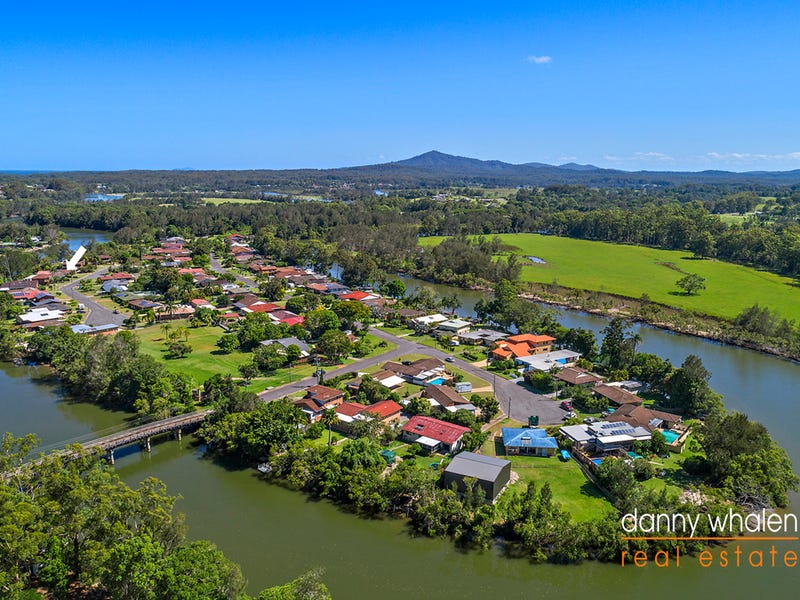 16 Island Place, Urunga, NSW 2455