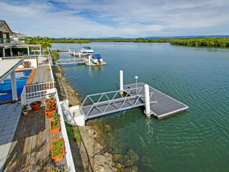 74 Tradewinds Avenue, Paradise Point, Qld 4216
