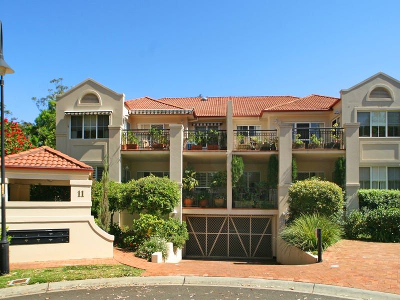 4/11 Cates Place, St Ives NSW 2075