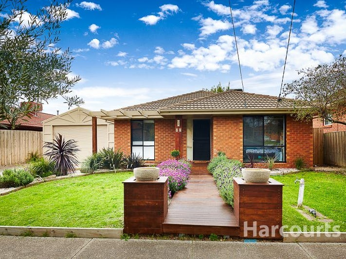 24 Mossman Crescent, Lalor, Vic 3075