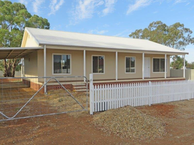 11 William St, Old Junee, NSW 2652