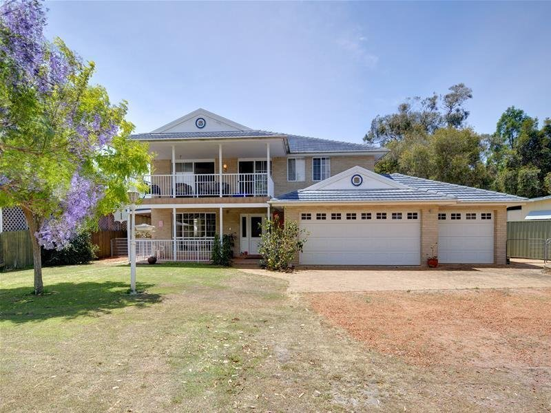 1 Taylor Road, Taylors Beach, NSW 2316